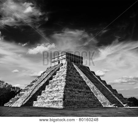 Travel Mexico background - Anicent Maya mayan pyramid El Castillo (Kukulkan) in Chichen-Itza, Mexico. Black and white version