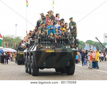 Anoa-2 6X6 Armored Vehicle Joyride