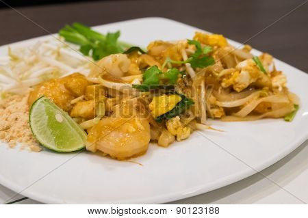 Pad Thai Noodles With Shrimp And Squid
