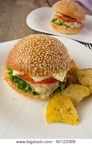 Cheeseburger And Potato wedges