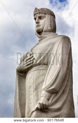 Queen Olga Statue Mikhaylovsky Square Kiev Ukraine