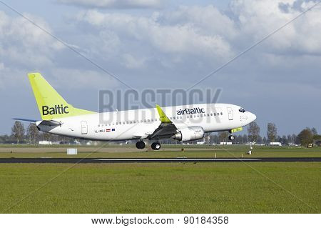 Amsterdam Airport Schiphol - Boeing 737 Of Air Baltic Lands