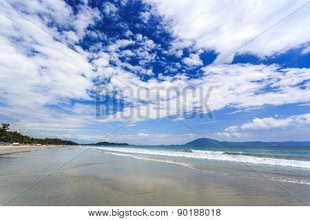 White Sand Beach Doc Let, Nha Trang, Vietnam