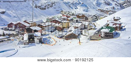Zurs Hamlet And Lech - Zurs Ski Resort In Austria