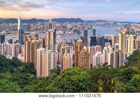 Hong Kong, Sar China - Circa July 2015: Skyline Of Hong Kong From Victoria Peak At  Sunset
