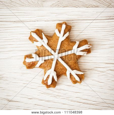 Tasty Gingerbread Star, Wooden Background