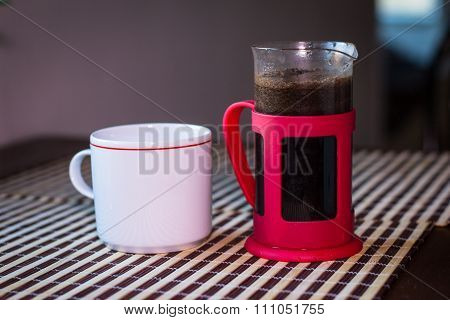 Coffee Plunger And Cup