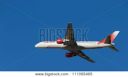 Boeing 757 Vim Airlines Flight