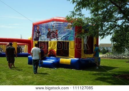 Inflatable Bouncing Shed