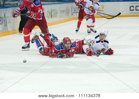 MOSCOW - MARCH 19, 2015: Roman Lyubimov (13) in action on hockey game Yokerit vs CSKA on Russia KHL championship in the sports complex CSKA Moscow, Russia. CSKA won 4: 2