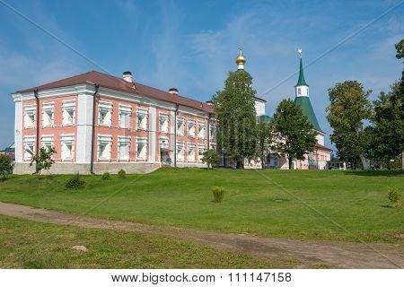 The Valdai Iver Svyatoozersky Virgin Monastery. Housing Fraternal Cells Xvii-xviii