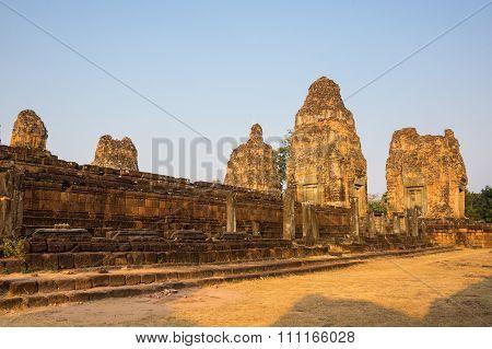 Phnom Bakheng Temple At Sunset