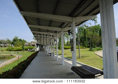 Covered pedestrian walkway at An-Nur Mosque a.k.a Petronas Technology University Mosque
