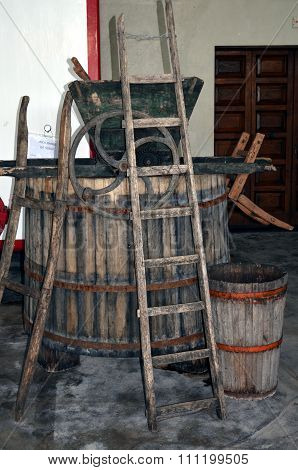 Wine fermentation process in wine carboys