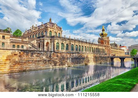 Zwinger Palace (der Dresdner Zwinger) Art Gallery Of Dresden, Which Was Almost Completely Destroyed