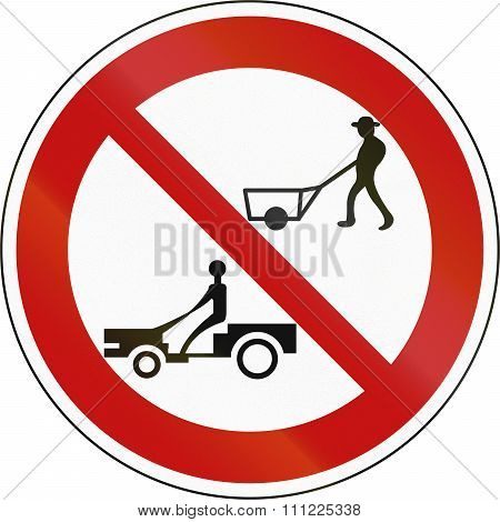 Korea Traffic Safety Sign - Regulate - No Cultivator, Tractor And Cart