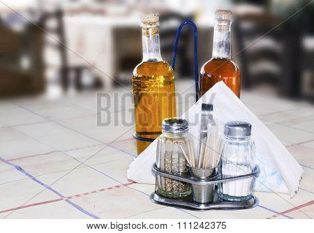 greek tavern salt pepper vinegar and oil