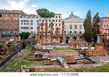 Largo Terre Argentino,Rome