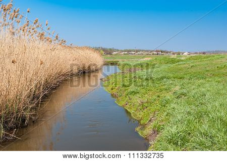 Ukrainian river Sura at early spring season