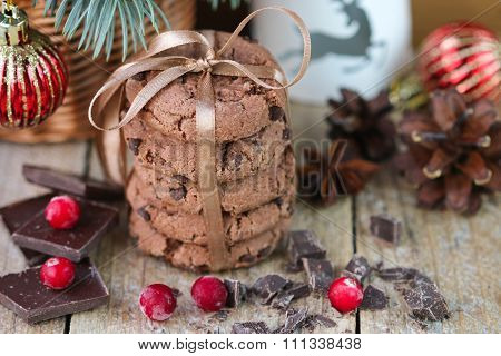Chocolate chip cookies, cranberry and chocolate. Christmas gifts