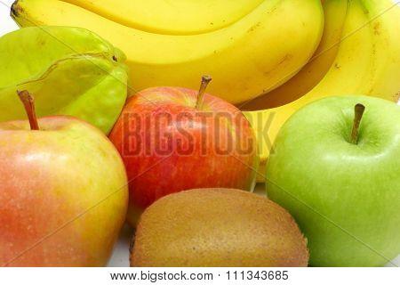 bananas, green, red apple, carambola, kiwi fruits