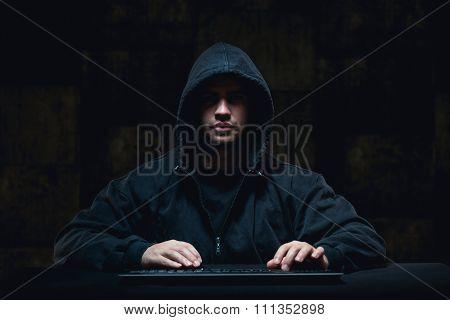 Hacker Stealing On Internet