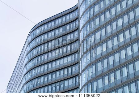 Curves Of The Modern Architecture