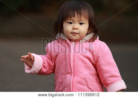Japanese toddling girl (1 year old)