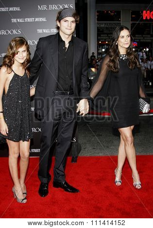 May 22, 2007. Tallulah Belle Willis, Ashton Kutcher and Demi Moore attend the Los Angeles Premiere of