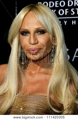 Donatella Versace attends the Rodeo Drive Walk Of Style Award honoring Gianni and Donatella Versace held at the Beverly Hills City Hall in Beverly Hills, California on February 8, 2007.