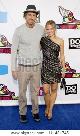 HOLLYWOOD, USA - AUGUST 14: Dax Shepard and Kristen Bell at the 2011 VH1 Do Something Awards held at the Palladium in Los Angeles, USA on August 14, 2010.