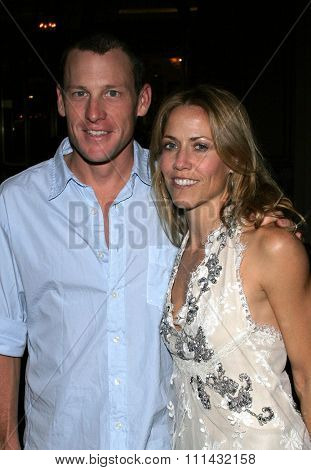 November 21, 2005. Lance Armstrong and Sheryl Crow attend the Los Angeles Free Clinic's 29th Annual Dinner Gala at the Regent Beverly Wilshire in Beverly Hills, California United States.