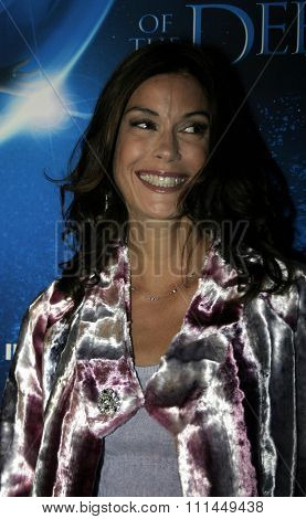 20 January 2005 - Hollywood, California - Teri Hatcher. World Premiere of 'Aliens of the Deep' at Universal Citywalk Imax Theatre in Hollywood.