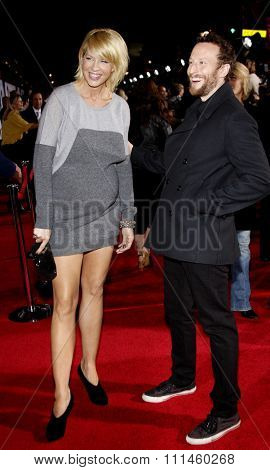 November 9, 2009. Jenna Elfman and Bodhi Elfman at the World premiere of