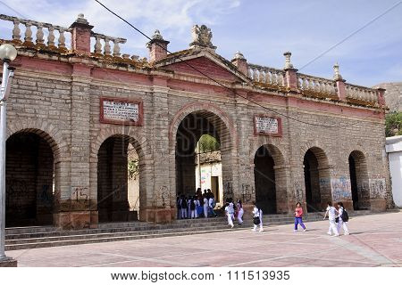 Ayacucho, Peru - November 6, 2015:the Ruins Of The Memorial Gate