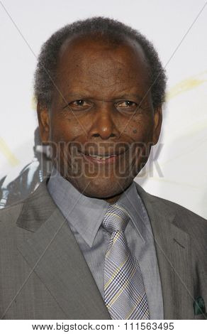 HOLLYWOOD, CA - NOVEMBER 01, 2009. Sidney Poitier at the AFI FEST 2009 Screening of 'Precious' held at the Grauman's Chinese Theater in Hollywood, USA on November 1, 2009.