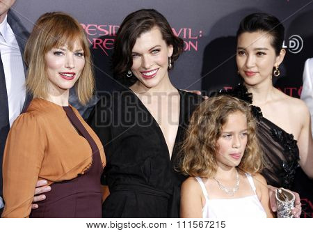 Sienna Guillory, Milla Jovovich, Li Bingbing and Aryana Engineer at the Los Angeles premiere of 'Resident Evil: Retribution' held at the Regal Cinemas in Los Angeles, USA on September 12, 2012.