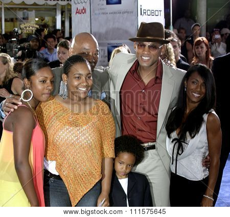 WESTWOOD, CA - JULY 07, 2004: Will Smith, Jada Pinkett Smith and Jaden Smith at the World premiere of 'I, Robot' held at the Mann Village Theatre in Westwood, USA on July 7, 2004.