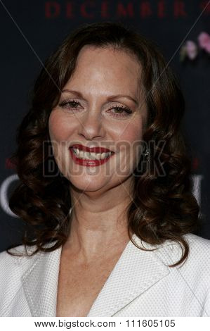 Lesley Ann Warren attends The DreamWorks SKG and Sony Pictures Premiere of