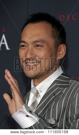 Ken Watanabe attends The DreamWorks SKG and Sony Pictures Premiere of