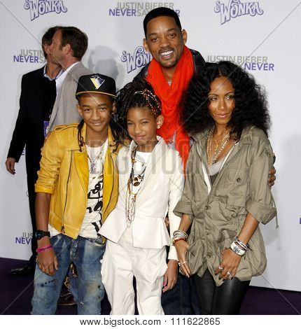 Will Smith, Jada Pinkett Smith, Jaden and Willow Smith at the Los Angeles Premiere of