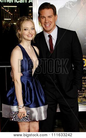 HOLLYWOOD, CALIFORNIA - February 1, 2010. Channing Tatum and Amanda Seyfried at the World premiere of