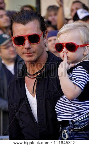 HOLLYWOOD, CALIFORNIA - January 23, 2010. Gavin Rossdale at the Los Angeles premiere of