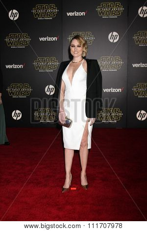 LOS ANGELES - DEC 14:  Clare Grant at the Star Wars: The Force Awakens World Premiere at the Hollywood & Highland on December 14, 2015 in Los Angeles, CA