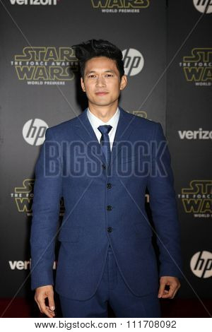 LOS ANGELES - DEC 14:  Harry Shum Jr at the Star Wars: The Force Awakens World Premiere at the Hollywood & Highland on December 14, 2015 in Los Angeles, CA