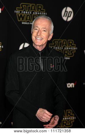 LOS ANGELES - DEC 14:  Anthony Daniels at the Star Wars: The Force Awakens World Premiere at the Hollywood & Highland on December 14, 2015 in Los Angeles, CA