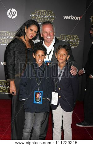LOS ANGELES - DEC 14:  Wolfgang Puck, family at the Star Wars: The Force Awakens World Premiere at the Hollywood & Highland on December 14, 2015 in Los Angeles, CA