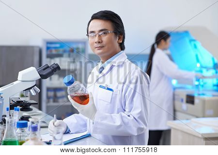 Pharmaceutical chemist