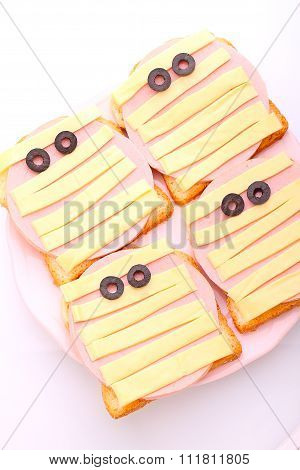 Halloween Sandwich: Bread With Sausage And Cheese