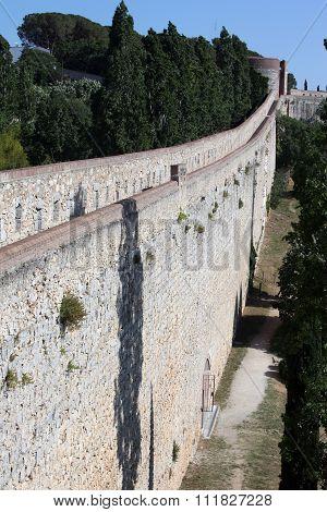 Girona's City Surrounding Walls